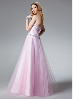 A-Line/Princess Sweetheart Floor-Length Tulle Quinceanera Dress With Beading
