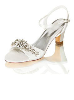 Women's Chunky Heel Sandals With Chain