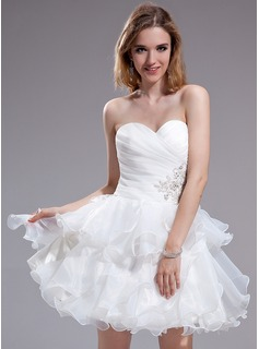 A-Line/Princess Sweetheart Short/Mini Organza Homecoming Dress With Beading Appliques Lace Cascading Ruffles