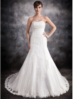 Trumpet/Mermaid Sweetheart Chapel Train Satin Organza Wedding Dress With Lace Beading Appliques Lace