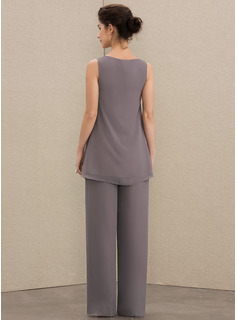 A-Line Scoop Neck Floor-Length Chiffon Mother of the Bride Dress