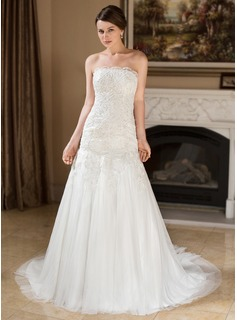 Trumpet/Mermaid Strapless Court Train Tulle Wedding Dress With Beading