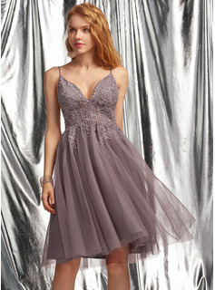 A-Line V-neck Knee-Length Tulle Prom Dresses With Beading Sequins