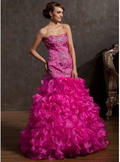 Trumpet/Mermaid Sweetheart Sweep Train Organza Prom Dresses With Beading Sequins Cascading Ruffles