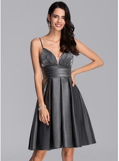 A-Line Sweetheart Knee-Length Jersey Homecoming Dress With Ruffle