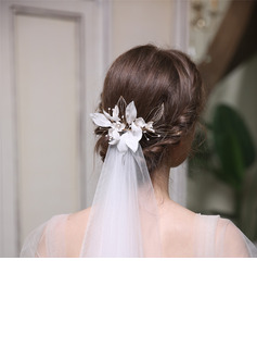 Ladies Beautiful Alloy/Copper/Pearls Hairpins With Pearl