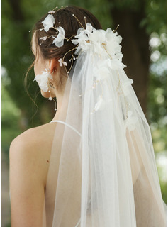 One-tier Cut Edge Fingertip Bridal Veils With Beading/Rhinestones