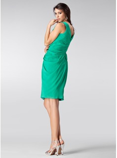 Sheath/Column V-neck Knee-Length Chiffon Holiday Dress With Ruffle