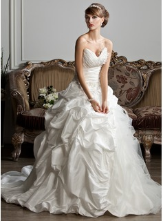 Ball-Gown Sweetheart Chapel Train Taffeta Tulle Wedding Dress With Ruffle Beading Feather Appliques Lace