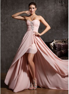 A-Line/Princess Sweetheart Asymmetrical Chiffon Prom Dresses With Ruffle Beading