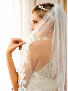 lace fishtail dress wedding