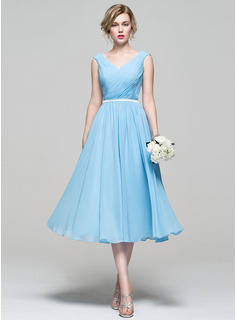 V-neck Tea-Length Chiffon Cocktail Dress With Ruffle