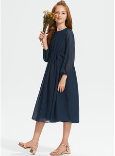 Scoop Neck Tea-Length Chiffon Junior Bridesmaid Dress With Ruffle Bow(s)