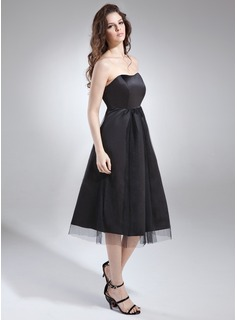 Empire Sweetheart Knee-Length Satin Maternity Bridesmaid Dress With Ruffle