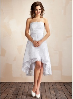 A-Line/Princess Strapless Asymmetrical Lace Wedding Dress
