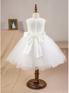 Ball-Gown/Princess Knee-length Flower Girl Dress - Satin Tulle Lace Sleeveless Scoop Neck With Bow(s)