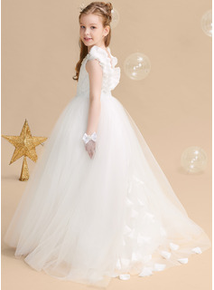 Ball-Gown/Princess Sweep Train Flower Girl Dress - Tulle/Lace Sleeveless Scoop Neck With Flower(s)