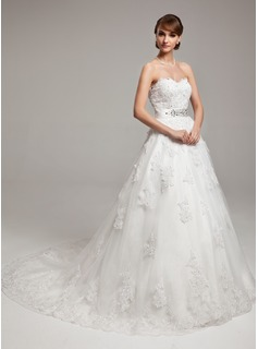 Ball-Gown Sweetheart Chapel Train Organza Wedding Dress With Beading Appliques Lace Bow(s)