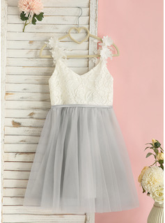A-Line Knee-length Flower Girl Dress - Tulle/Lace Sleeveless V-neck