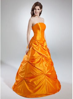 A-Line/Princess Strapless Floor-Length Taffeta Quinceanera Dress With Ruffle
