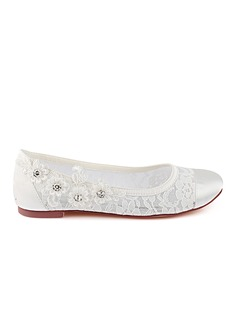 Women's Lace Silk Like Satin Flat Heel Closed Toe Flats With Stitching Lace Crystal