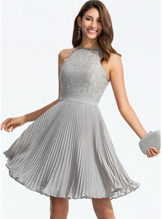 Scoop Neck Knee-Length Chiffon Cocktail Dress With Pleated