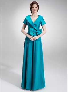 A-Line/Princess V-neck Floor-Length Taffeta Mother of the Bride Dress With Ruffle Bow(s)