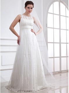 A-Line/Princess Scoop Neck Sweep Train Tulle Wedding Dress With Lace Beading