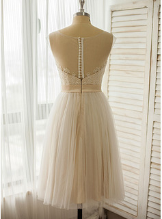 A-Line Illusion Knee-Length Tulle Lace Wedding Dress