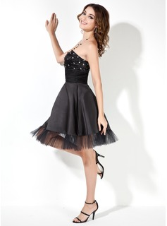 A-Line/Princess Strapless Knee-Length Satin Cocktail Dress With Ruffle Beading