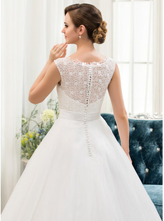 backless lace dress wedding