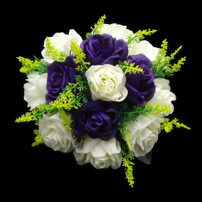 Eye-catching Round Satin Bridesmaid Bouquets