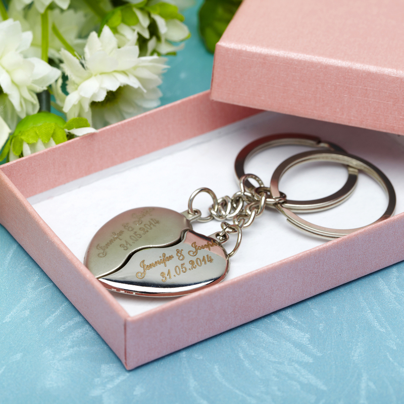 Groom Gifts - Personalized Modern Alloy Keychain (Set of 4)