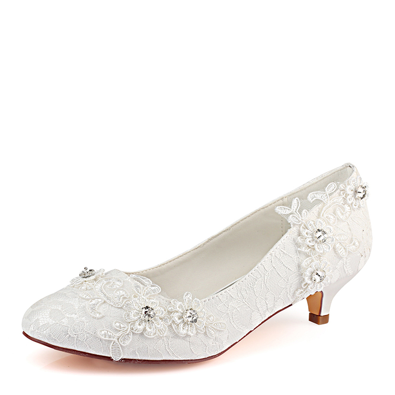Women's Lace Silk Like Satin Kitten Heel Closed Toe With Stitching Lace Crystal