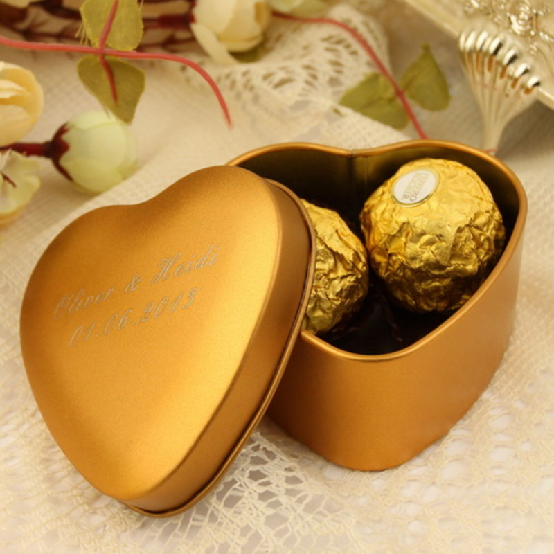 Personalized Heart-shaped Tins Favor Tin (Set of 24)