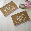 """MR & MRS"" Linen Photo Booth Props/Banner (2 Pieces)"