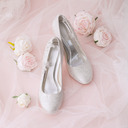 Women's Lace Silk Like Satin Stiletto Heel Closed Toe Pumps With Stitching Lace