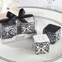 Floral Design Ceramic Salt & Pepper Shakers (Set of 2 pieces)