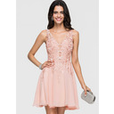 A-Line V-neck Short/Mini Chiffon Homecoming Dress With Lace Beading (300244374)