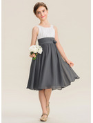 Scoop Neck Knee-Length Chiffon Junior Bridesmaid Dress With Ruffle Flower(s)