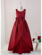 Ball-Gown/Princess Floor-length Flower Girl Dress - Taffeta Sleeveless V-neck With Flower(s)