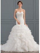 Trumpet/Mermaid Sweetheart Court Train Tulle Wedding Dress With Ruffle