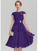 Scoop Neck Knee-Length Chiffon Lace Mother of the Bride Dress With Beading