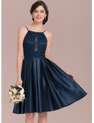 A-Line/Princess Scoop Neck Knee-Length Satin Lace Bridesmaid Dress With Beading Sequins