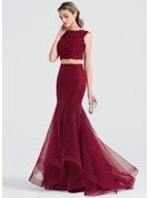 Trumpet/Mermaid Scoop Neck Sweep Train Tulle Prom Dresses