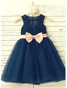 A-Line/Princess Knee-length Flower Girl Dress - Tulle/Lace Sleeveless Scoop Neck With Bow(s)/Back Hole
