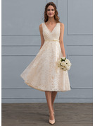 A-Line/Princess V-neck Knee-Length Lace Wedding Dress With Bow(s)