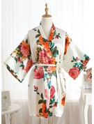 Non-personalized Polyester Bride Bridesmaid Mom Floral Robes