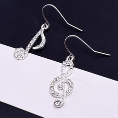 Chic Alloy Rhinestones With Rhinestone Women's Fashion Earrings (Set of 2)