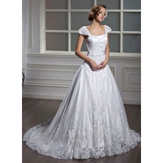 A-Line/Princess Square Neckline Court Train Tulle Wedding Dress With Appliques Lace